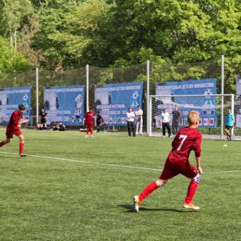 Соревнования на стадионе ШФМ «Невский фронт» 2013